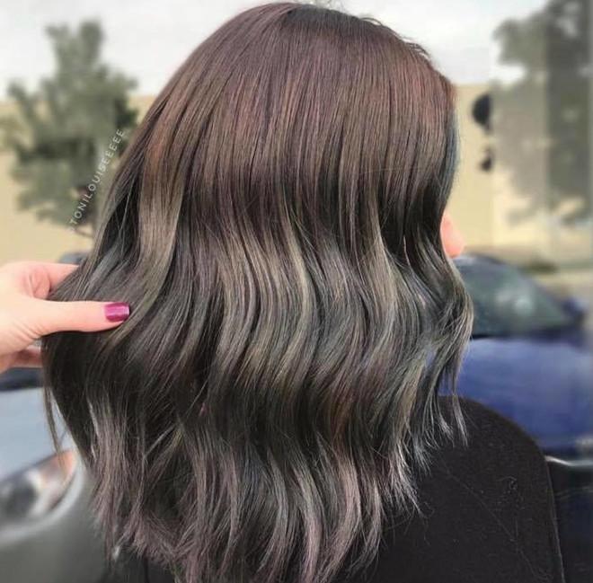 black espresso hair color trend 5