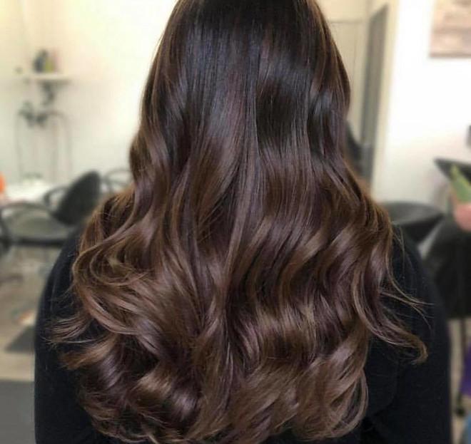 black espresso hair color trend 9