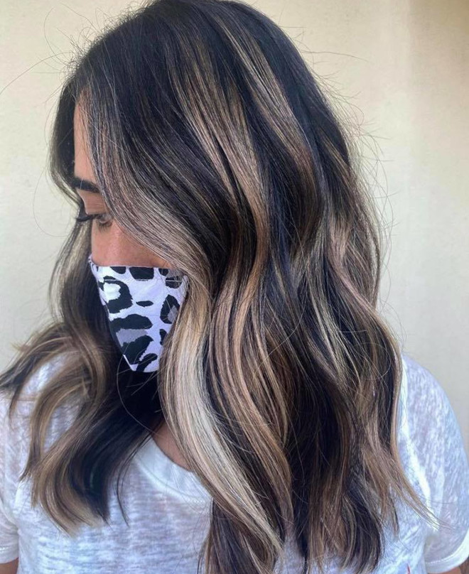 chocolate almond hair color trend 9