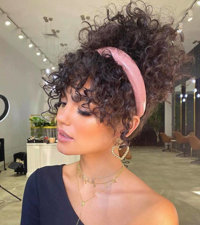 easy fall curly hairstyles to wear on repeat 2
