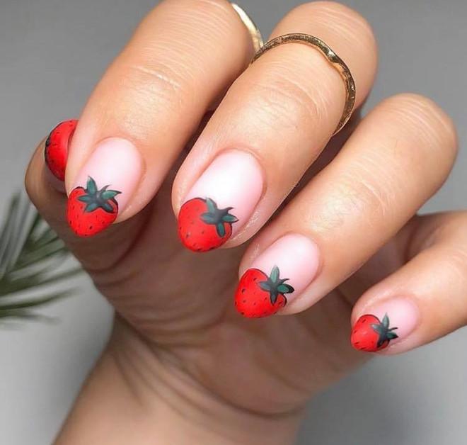 modern french manicure ideas 6