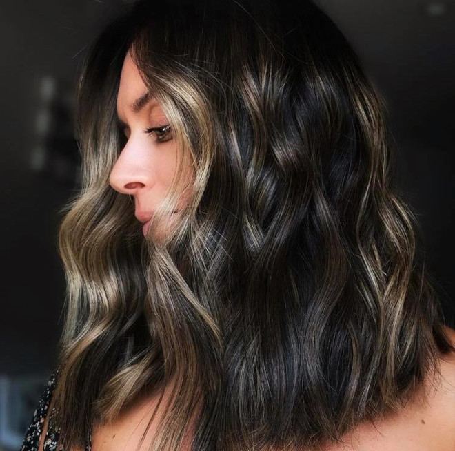 chocolate chai hair trend is the new way to update your balayage this fall 2