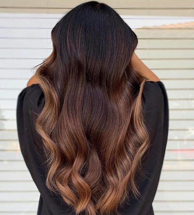 chocolate chai hair trend is the new way to update your balayage this fall 4