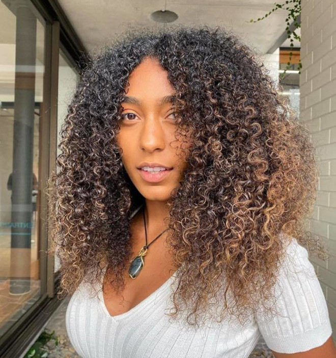 chocolate chai hair trend is the new way to update your balayage this fall 5