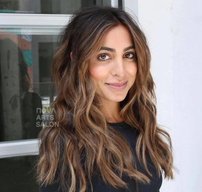 chocolate chai hair trend is the new way to update your balayage this fall 9
