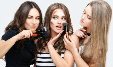 contouring-tips-for-glam-girls-on-the-go-girls-trying-to-contour