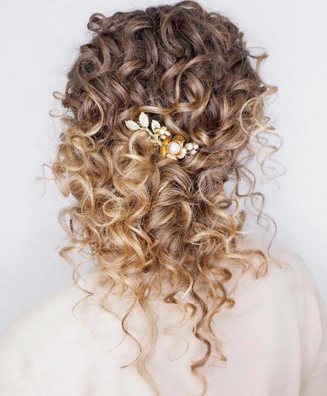 curly hairstyles for fall 6