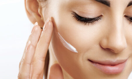 diy-natural-makeup-removers-woman-applying-cream-on-face