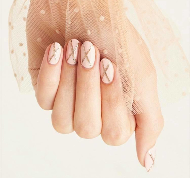 easy fall nail designs to recreate at home 7