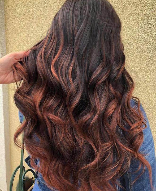 cinnamon brown hair trend 3