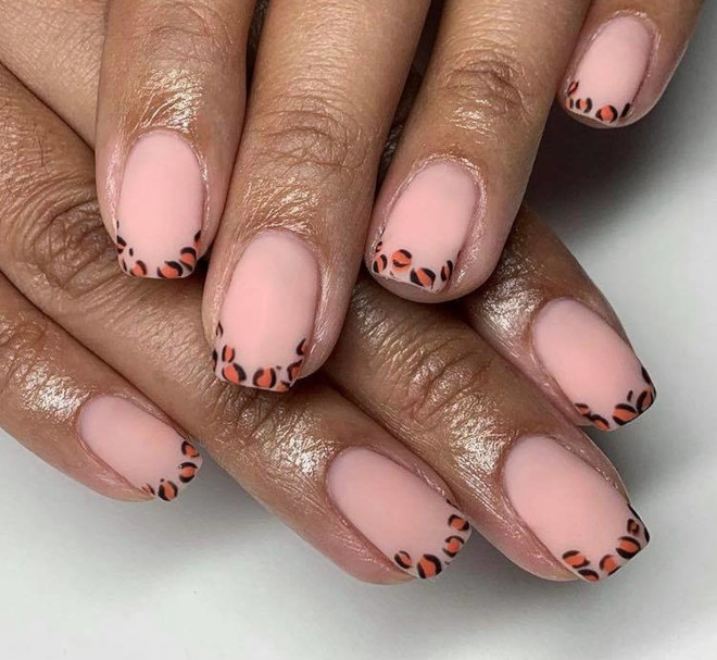easy french manicure ideas you can diy 9