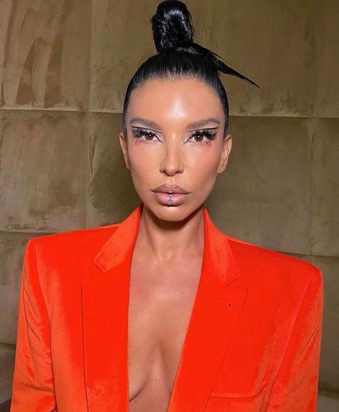 floating eyeliner makeup ideas for fall 7