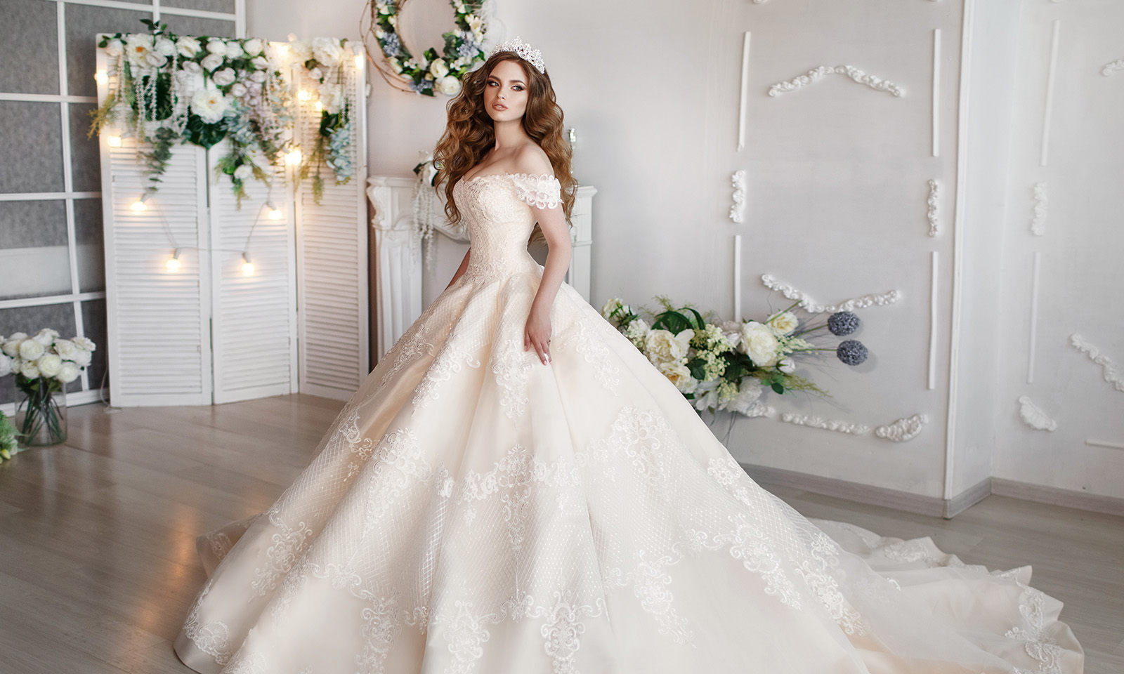 must-haves-for-a-perfect-wedding-day-bride-in-wedding-dress-on-wedding-day