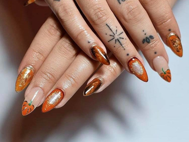 orange nails are perfect for fall 1