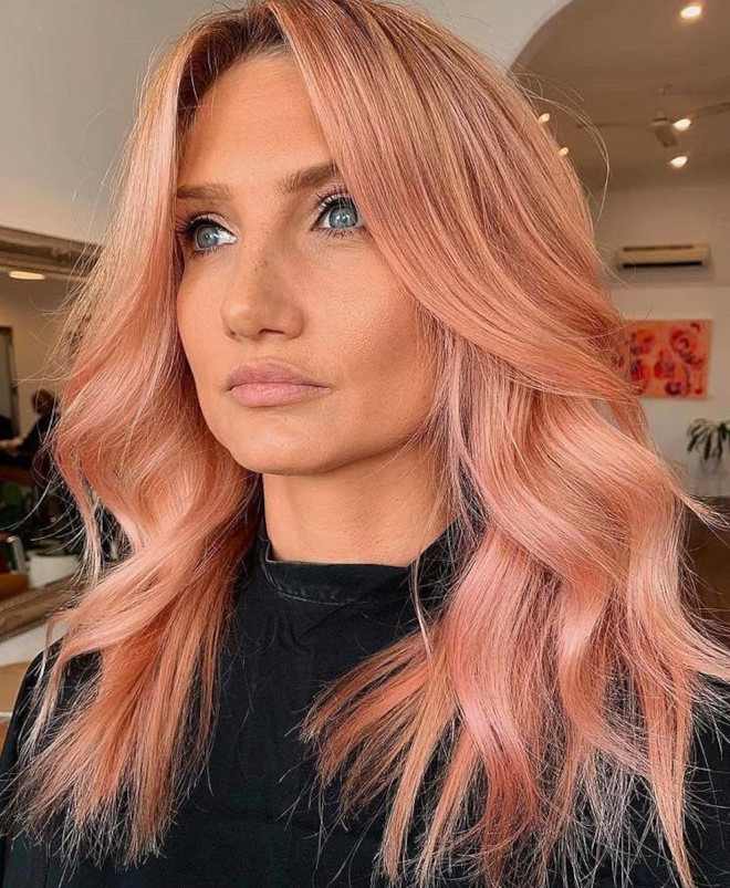 peachy blonde is the perfect light hair color for fall