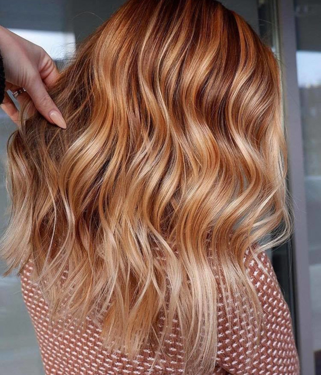 peachy blonde is the perfect light hair color for fall 5
