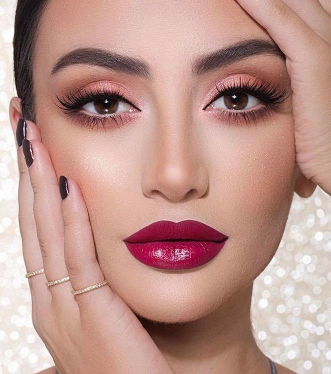 reinvent your classic glam with bold lips this fall 7
