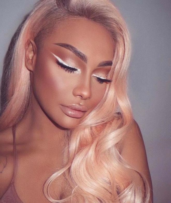white eyeliner makeup looks for fall 6