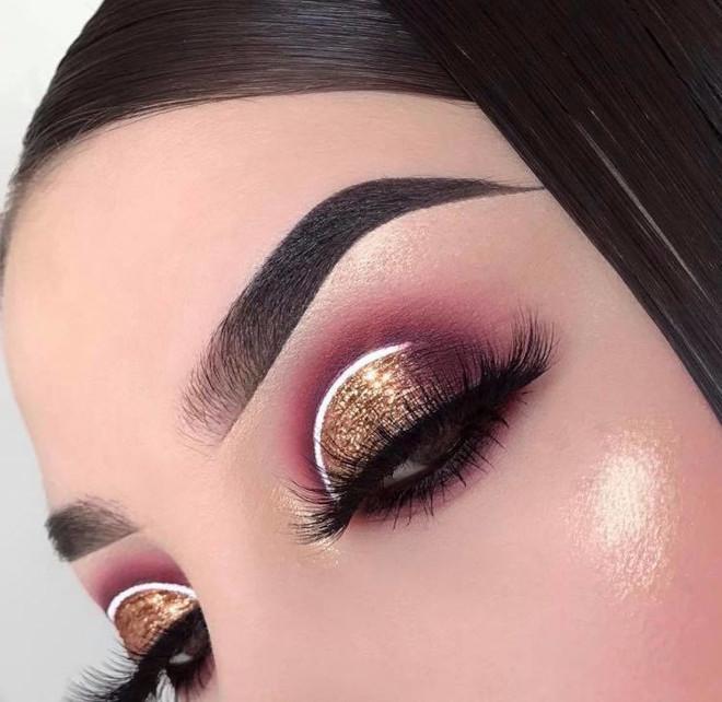 white eyeliner makeup looks for fall 7