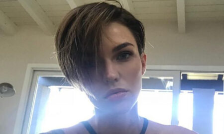 ruby-rose-pixie-cut-model-actress-instagram-bikini-selfie-main-image