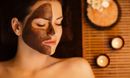 ways-to-hide-signs-of-fatigue-on-your-face-woman-at-spa-main-image