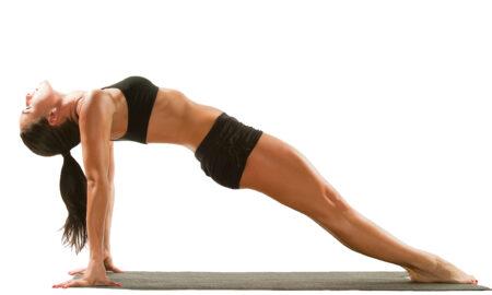 ways-tai-chi-can-reduce-stress-main-image-woman-stretching