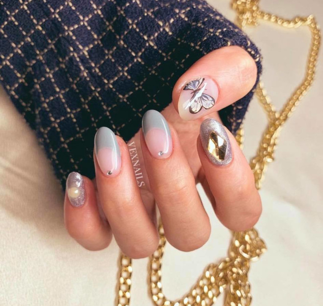 winter french manicure ideas to level up your look