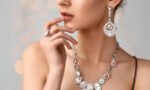 how-to-dress-elegantly-woman-in-fine-jewels-main-image