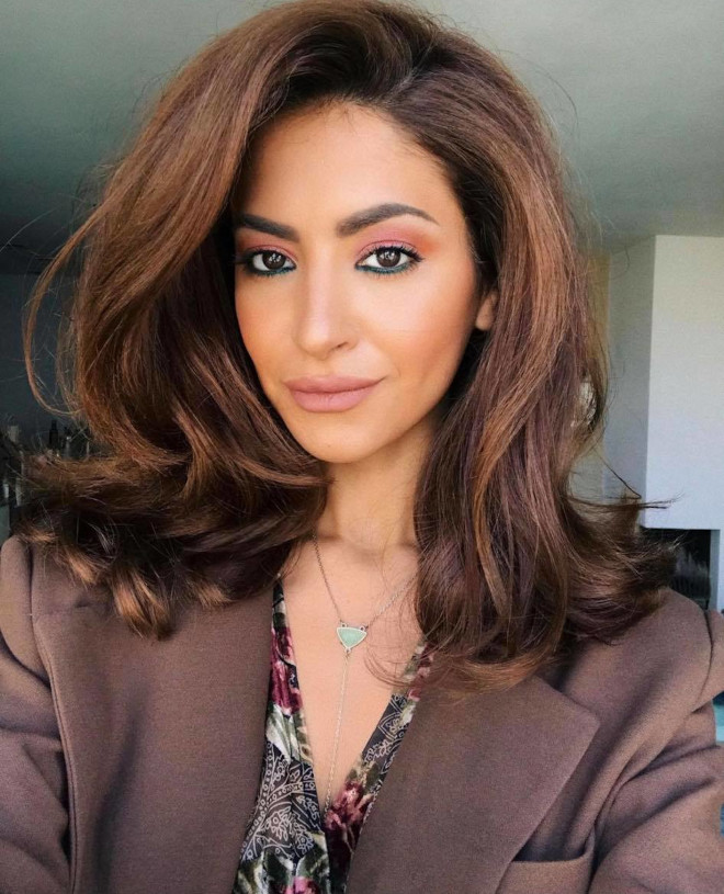 chic lob haircut ideas to refresh your look for spring 2
