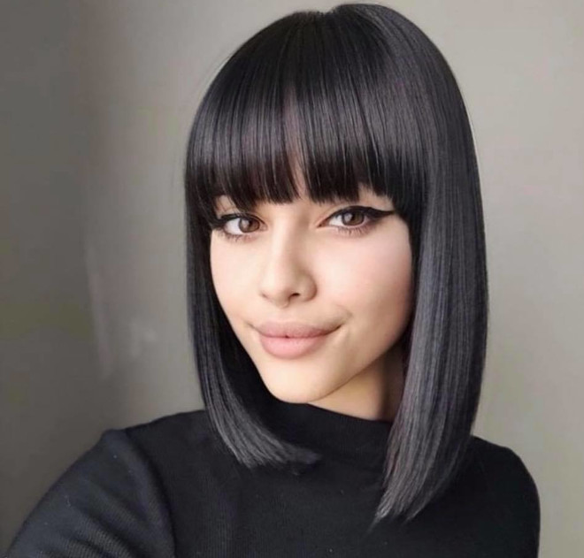 chic lob haircut ideas to refresh your look for spring 6