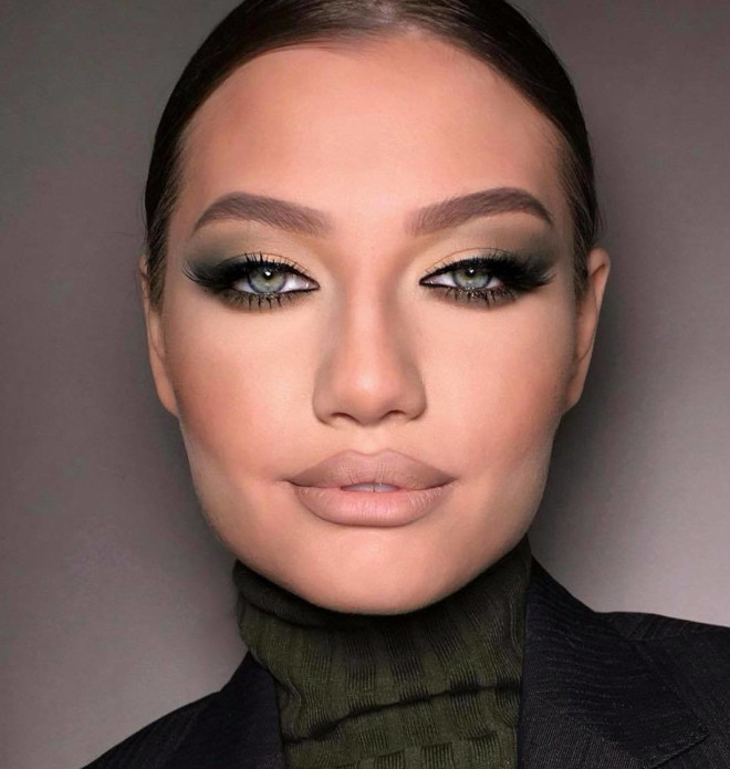 classic & sexy smokey eye makeup looks to bring out the bombshell in you 6