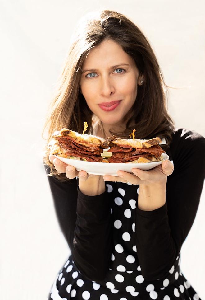 corn'd-beef-turk'y-vegan-mrs-goldfarbs-unreal-deli-delicous-vegan-deli-meats-2