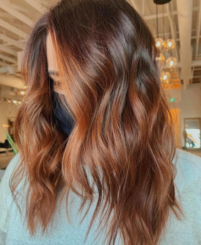 roasted caramel hair is the prettiest spring hair trend for brunettes to try 4