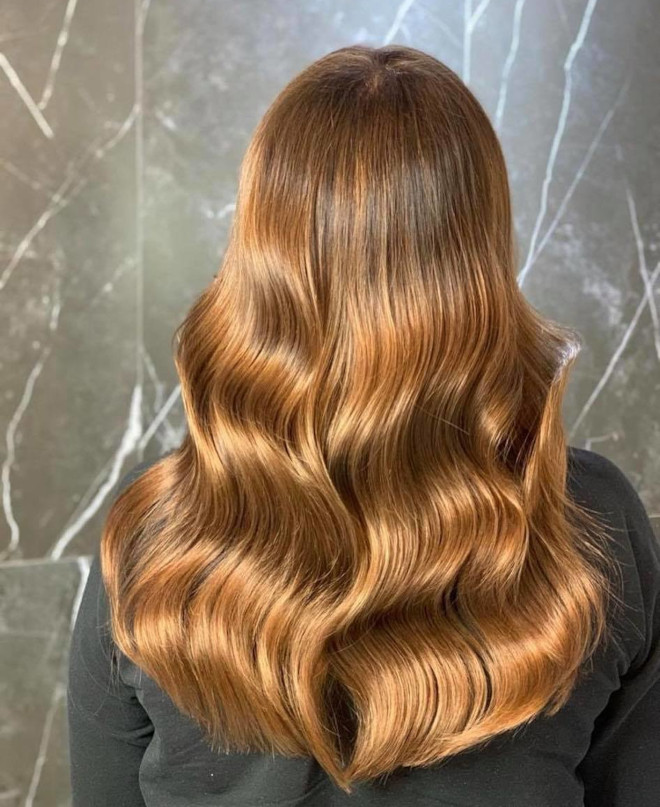 roasted caramel hair is the prettiest spring hair trend for brunettes to try 5