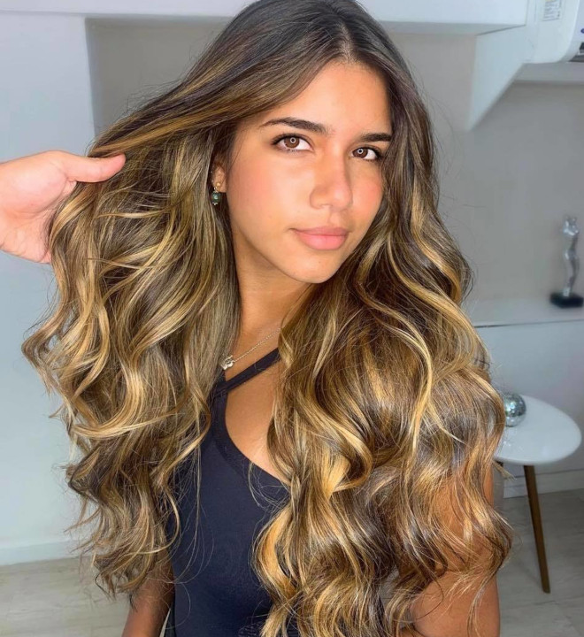 the hottest highlight trends for every hair colors