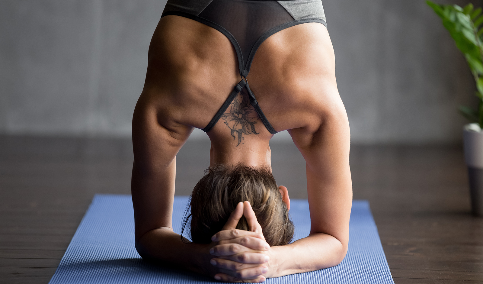 tough-workout-heres-how-to-recovery-woman-working-out-yoga-main-image