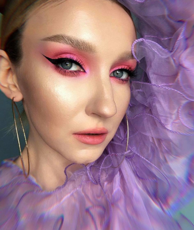 try these romantic rose makeup looks for a youthful and radiant appearance 5