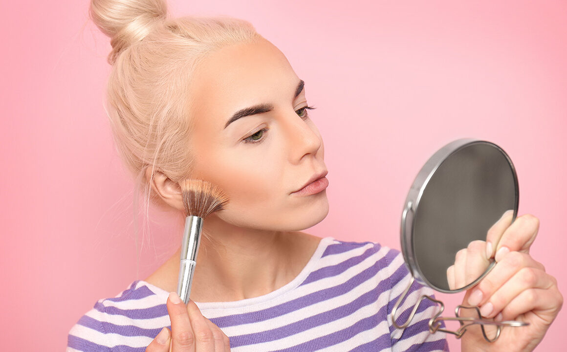how-is-airbrush-makeup-different-from-everyday-makeup-foundation-main-image