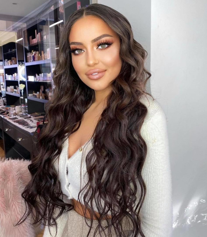 xxl long hair is trending for spring - here are the prettiest long hairstyles to recreate