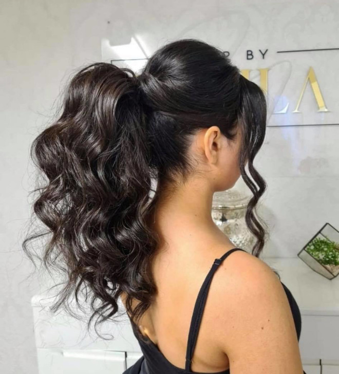 face-framing updos are the hottest hairstyle to rock this summer