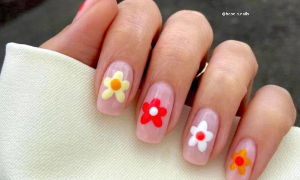 fresh-summer-nail-designs-to-get-you-looking-on-point-for-the-summer-season-2-1-1000×600-1
