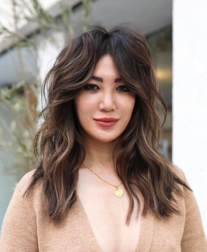 the prettiest bang hairstyles to rock this summer