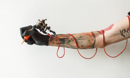the-best-tattoo-ideas-for-each-zodiac-sign-main-image-tattoo-arist
