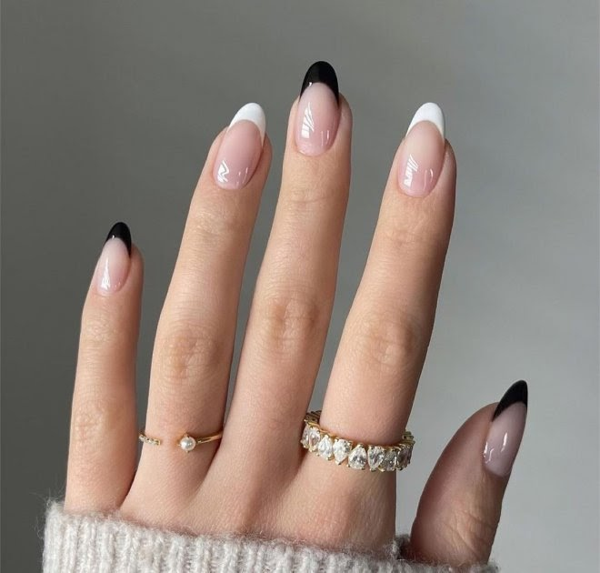 The Chicest French Manicure Inspiration for Summer