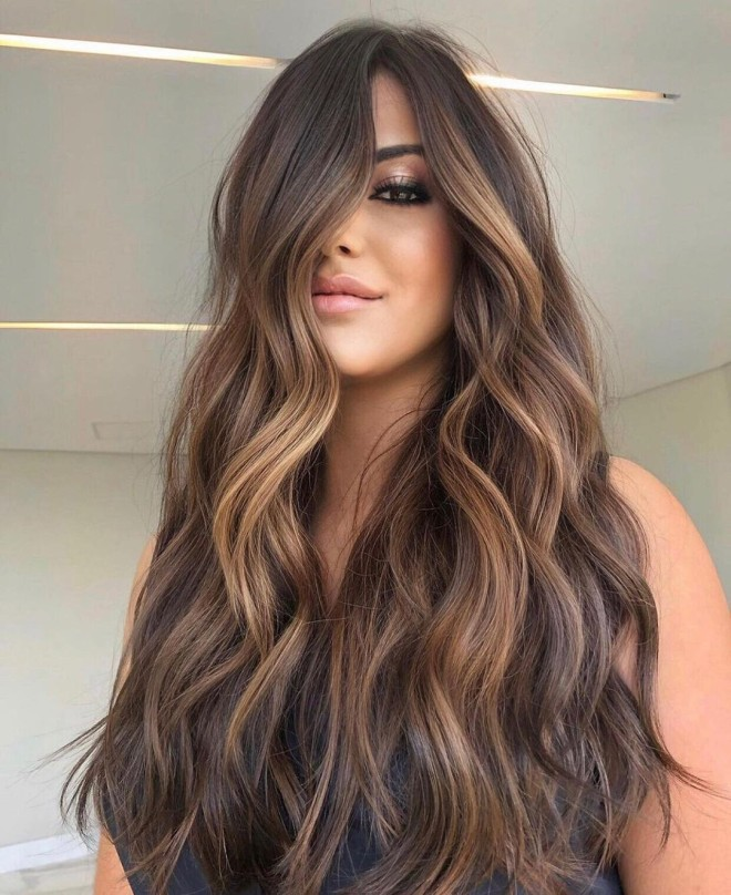 Gorgeous Chocolate Almond Hair Color Inspiration for Summer!