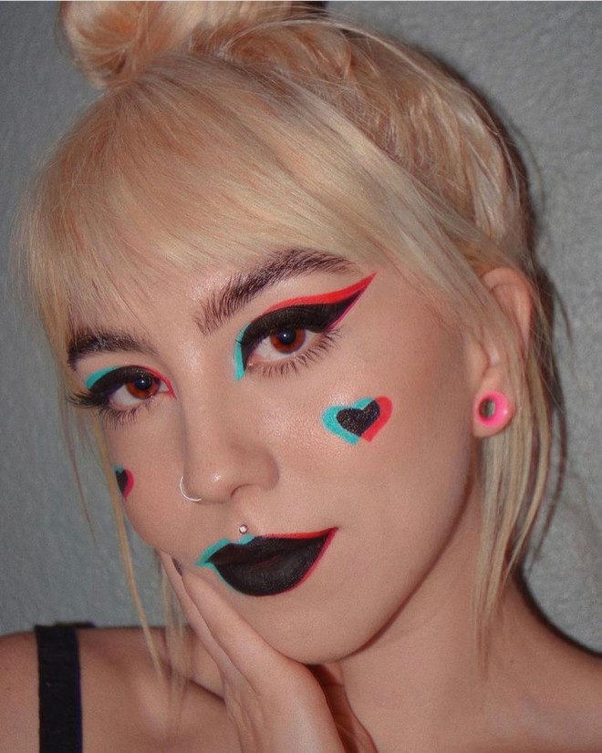 Chic Black Makeup Looks