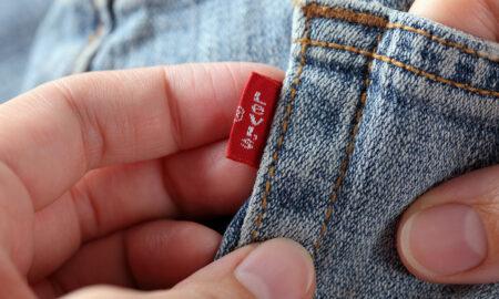boyfriend-jeans-vs-girlfriend-jeans-main-image-someone-waring-lev-jeans