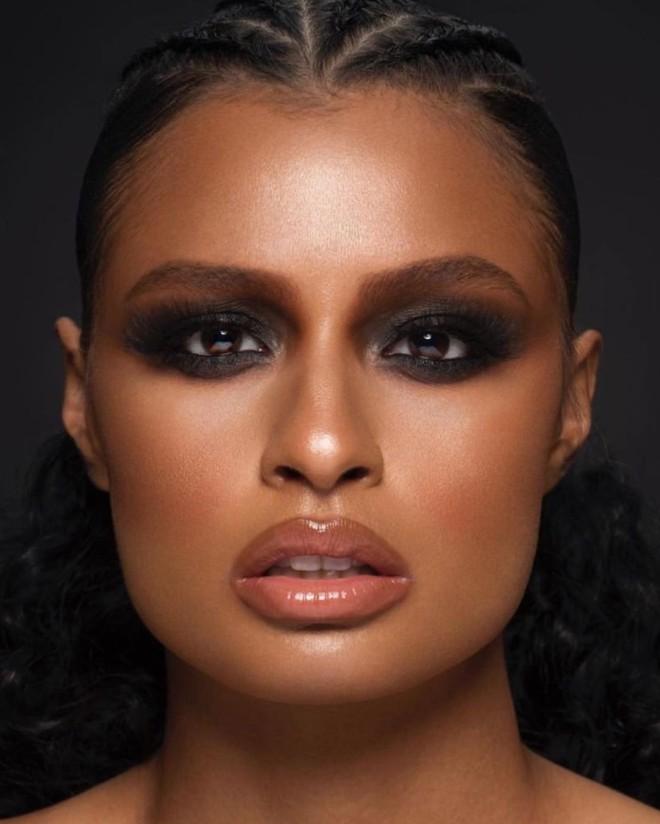 Fall Makeup Looks for Warm Skin Tone