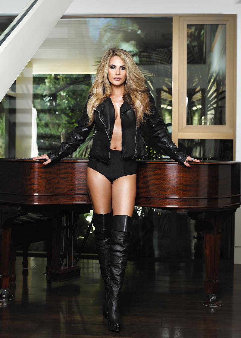 Bonnie-Jill-exclusive-interview-viva-glam-magazine (3)