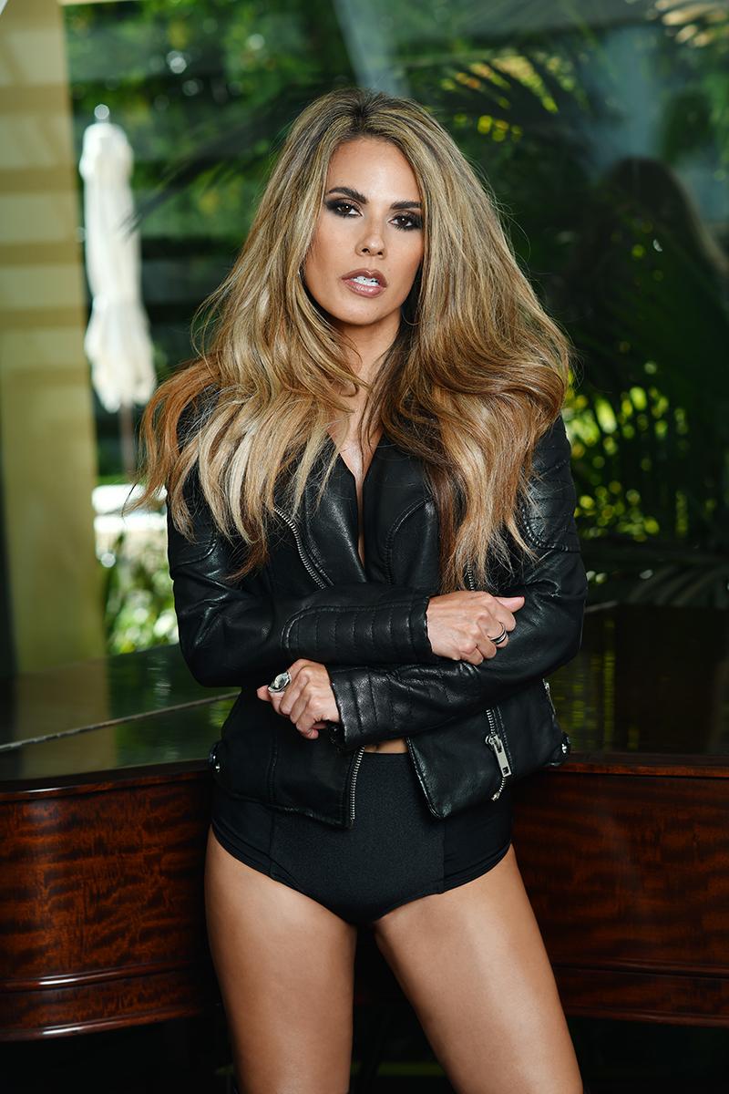 Bonnie-Jill-exclusive-interview-viva-glam-magazine (5)